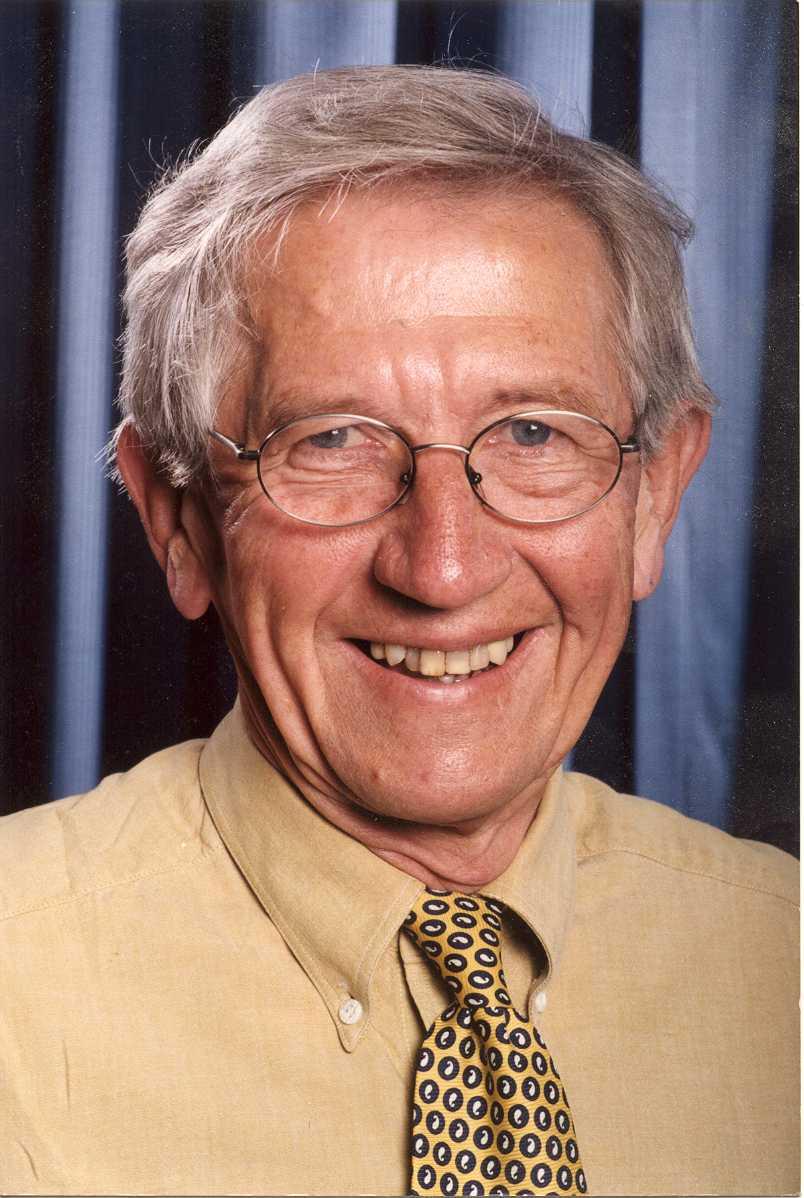 Derek Robinson Net Worth